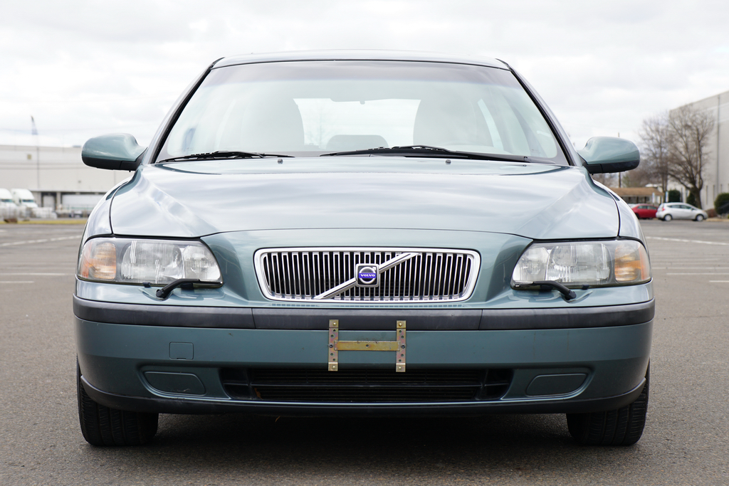 2002 Volvo V70 – Cars Global